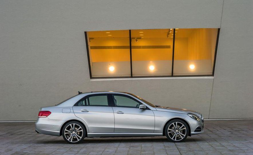 2014 Mercedes-Benz E250 wagon, E300 BlueTec Hybrid, and E350 4MATIC - Slide 7