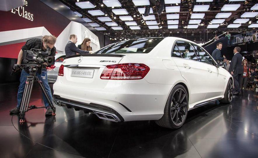2014 Mercedes-Benz E63 AMG S 4MATIC sedan - Slide 3