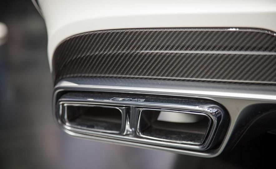 2014 Mercedes-Benz E63 AMG S 4MATIC sedan - Slide 5