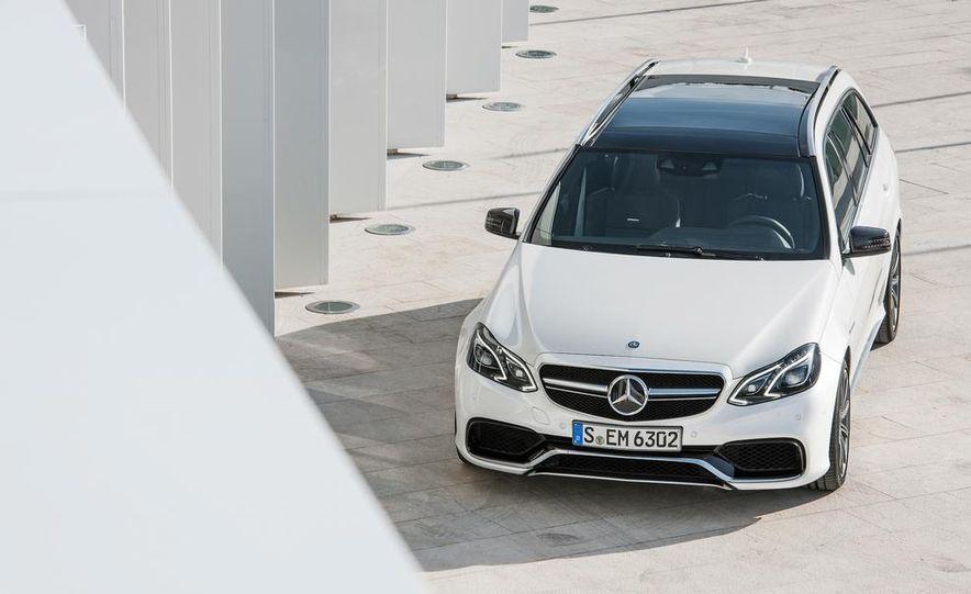 2014 Mercedes-Benz E63 AMG S 4MATIC sedan - Slide 24
