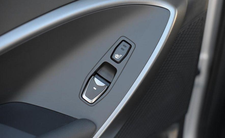 2013 Hyundai Santa Fe Sport - Slide 36
