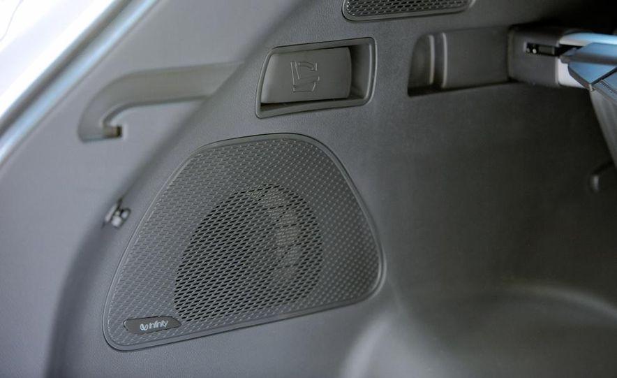 2013 Hyundai Santa Fe Sport - Slide 39