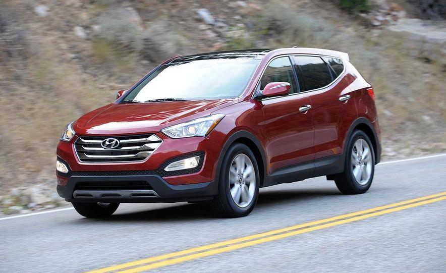 2013 Hyundai Santa Fe Sport - Slide 1