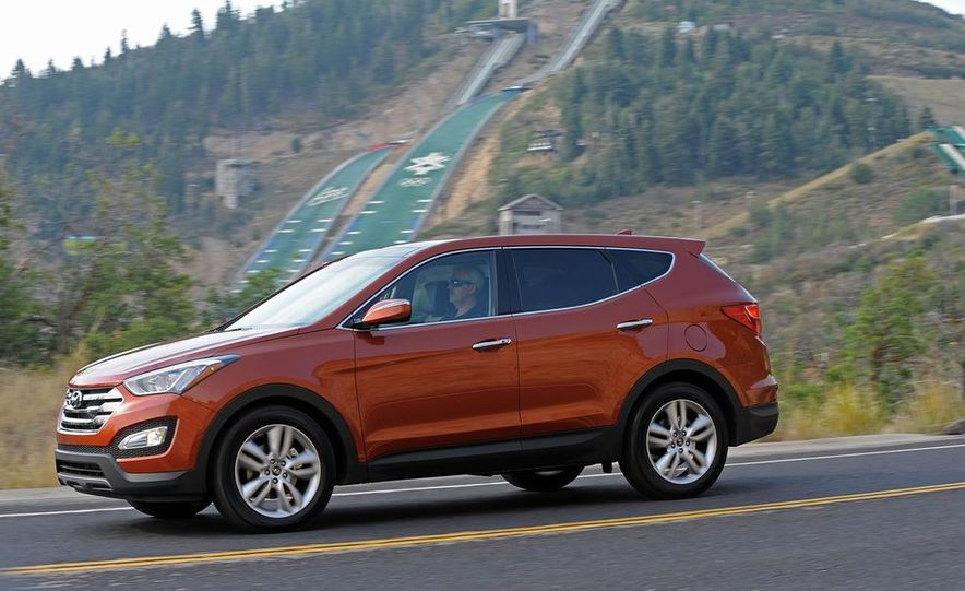 2013 Hyundai Santa Fe Sport - Slide 6