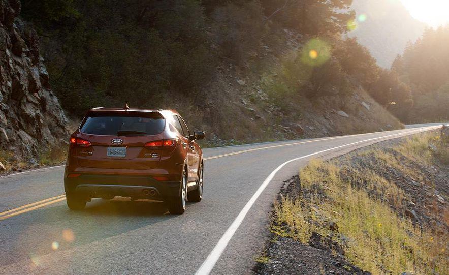 2013 Hyundai Santa Fe Sport - Slide 10