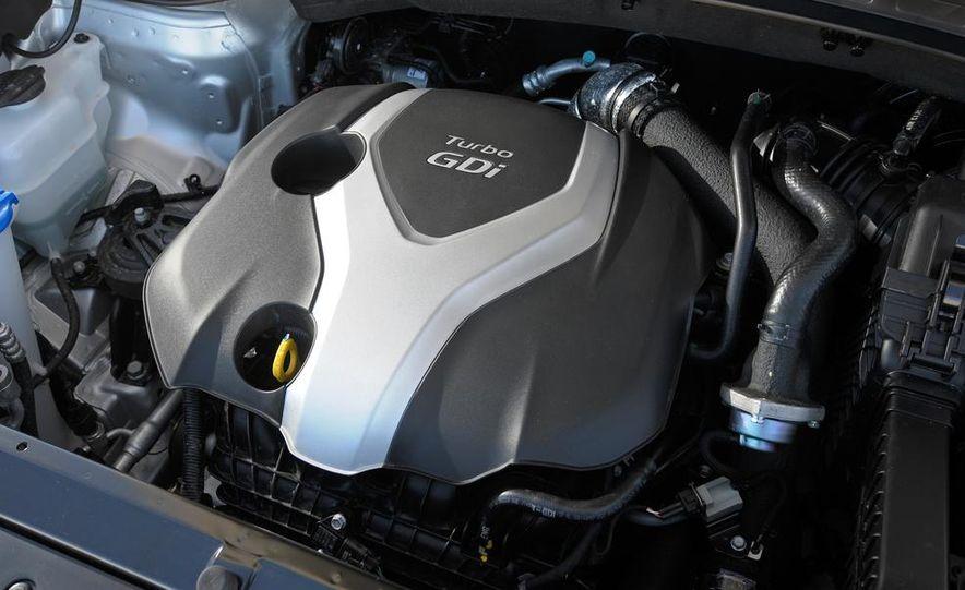 2013 Hyundai Santa Fe Sport - Slide 38