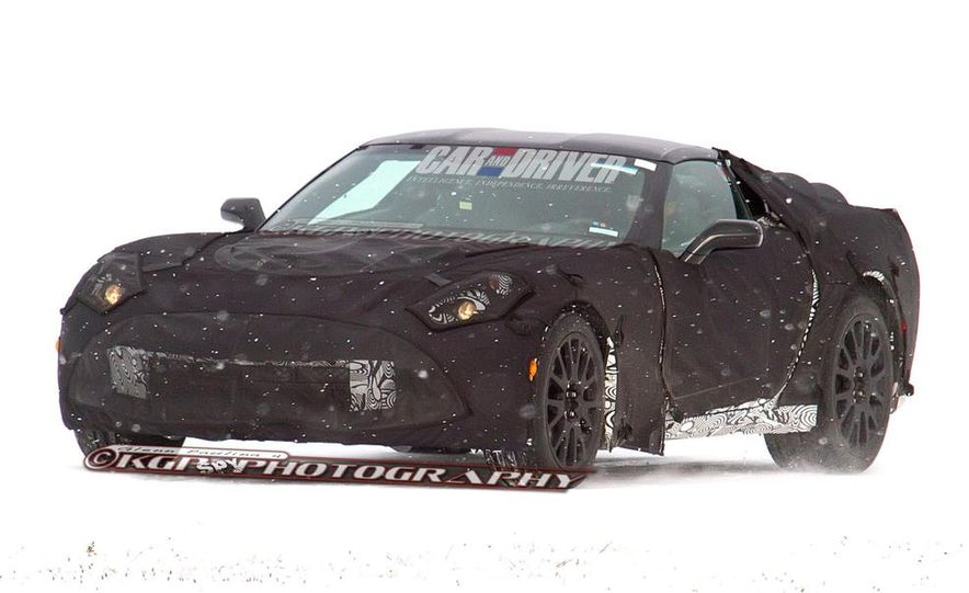2014 Chevrolet Corvette C7 6.2-liter V-8 engine (artist's rendering) - Slide 10