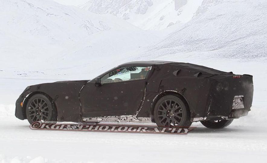 2014 Chevrolet Corvette C7 6.2-liter V-8 engine (artist's rendering) - Slide 14