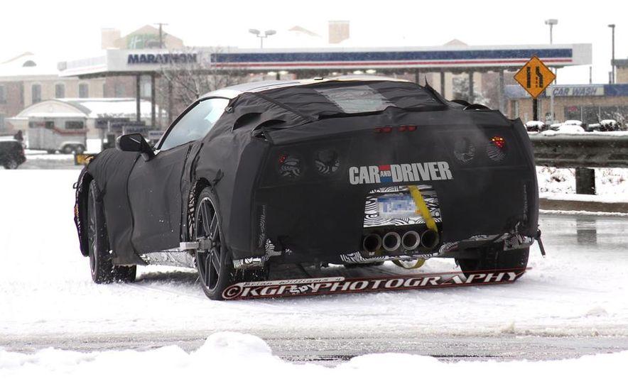 2014 Chevrolet Corvette C7 6.2-liter V-8 engine (artist's rendering) - Slide 22
