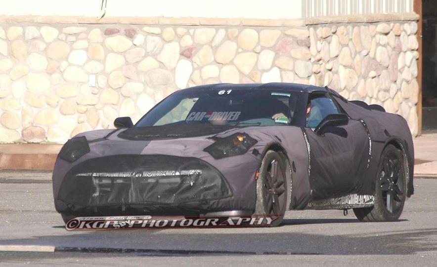 2014 Chevrolet Corvette C7 6.2-liter V-8 engine (artist's rendering) - Slide 46