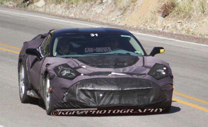 2014 Chevrolet Corvette C7 6.2-liter V-8 engine (artist's rendering) - Slide 47