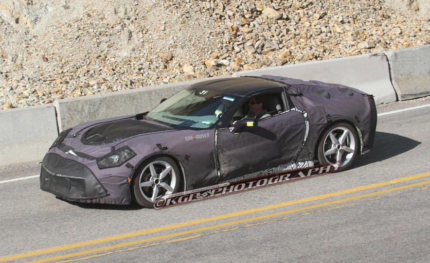 2014 Chevrolet Corvette C7 6.2-liter V-8 engine (artist's rendering) - Slide 48