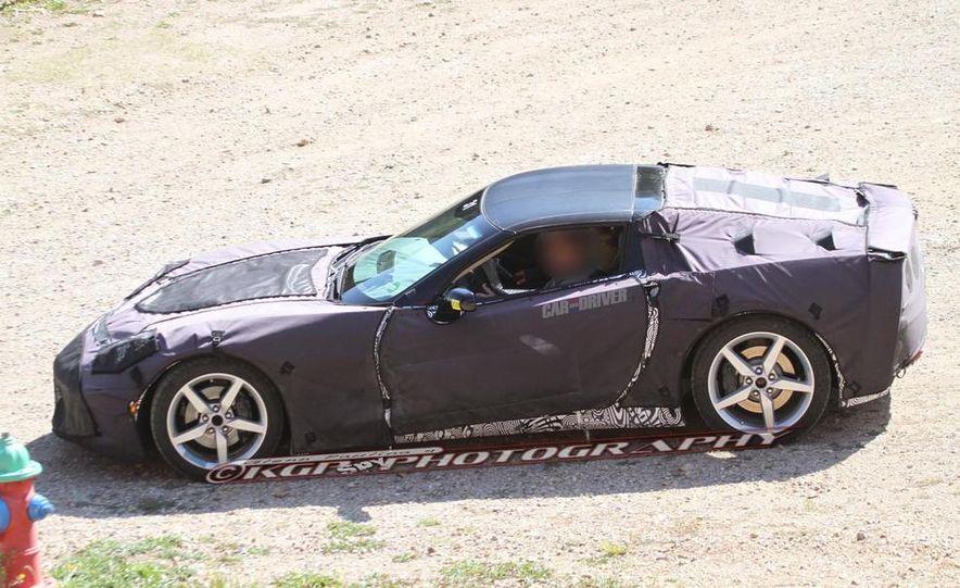 2014 Chevrolet Corvette C7 6.2-liter V-8 engine (artist's rendering) - Slide 61