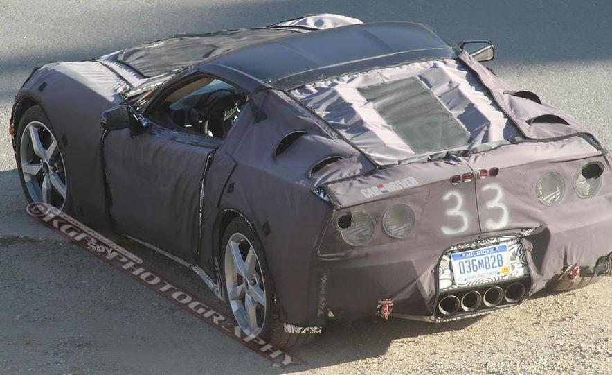 2014 Chevrolet Corvette C7 6.2-liter V-8 engine (artist's rendering) - Slide 63