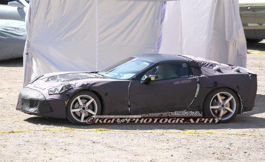 2014 Chevrolet Corvette C7 6.2-liter V-8 engine (artist's rendering) - Slide 66