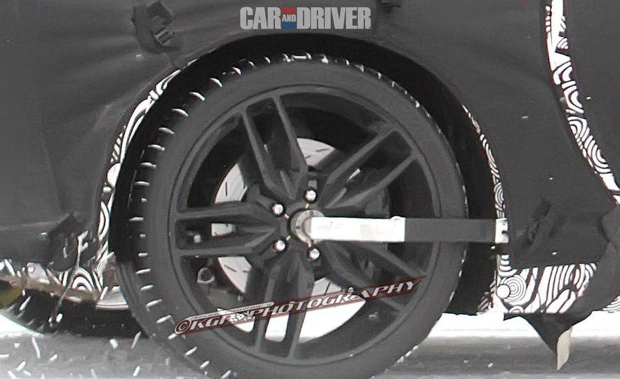 2014 Chevrolet Corvette C7 6.2-liter V-8 engine (artist's rendering) - Slide 41