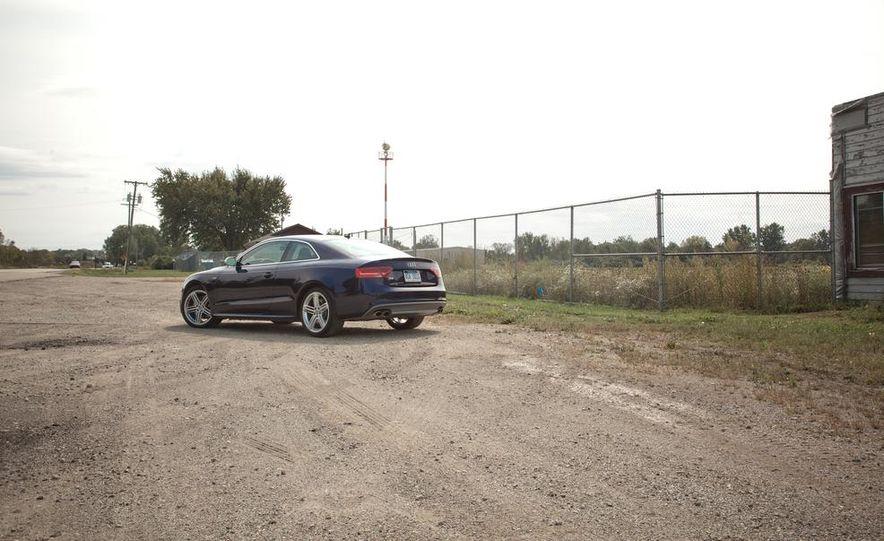 2013 Audi S5 - Slide 2