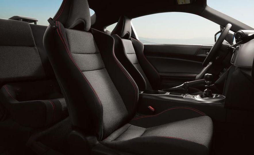 2013 Subaru BRZ - Slide 8