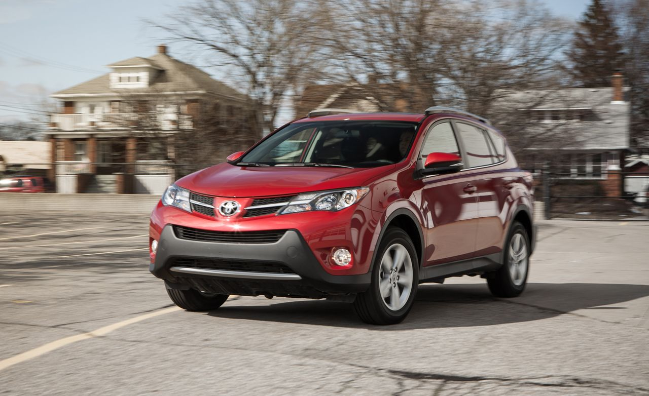 2013 toyota rav4 xle awd test review car and driver. Black Bedroom Furniture Sets. Home Design Ideas