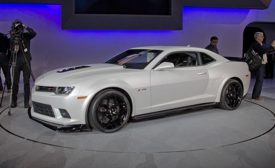 2014 Chevrolet Camaro Z28 Officially Unveiled News Car And Driver