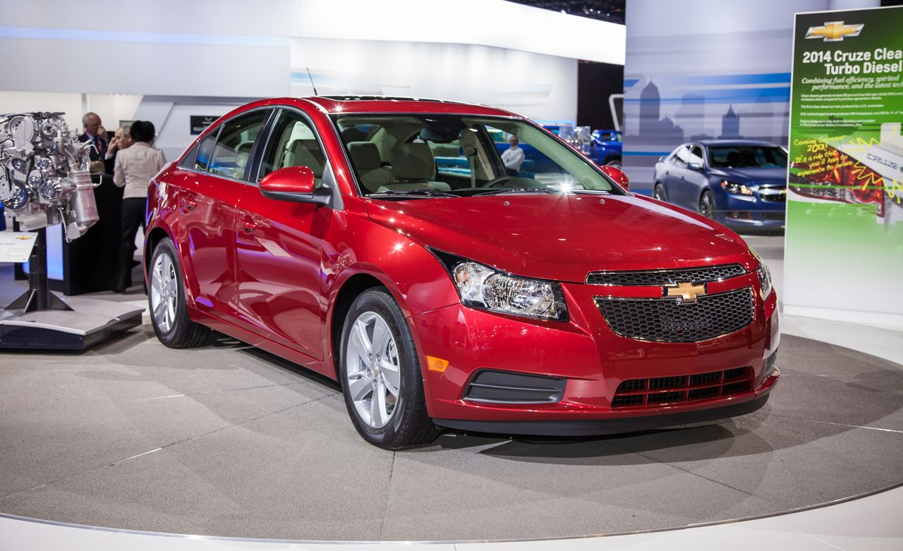 2014 chevrolet cruze diesel photos and info news car and driver. Black Bedroom Furniture Sets. Home Design Ideas