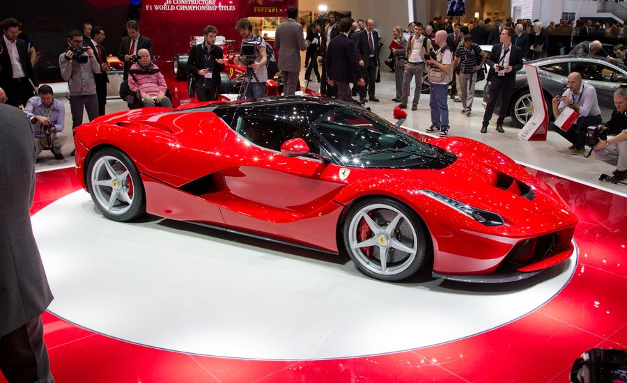 2014 Ferrari Laferrari Photos And Info News Car And Driver