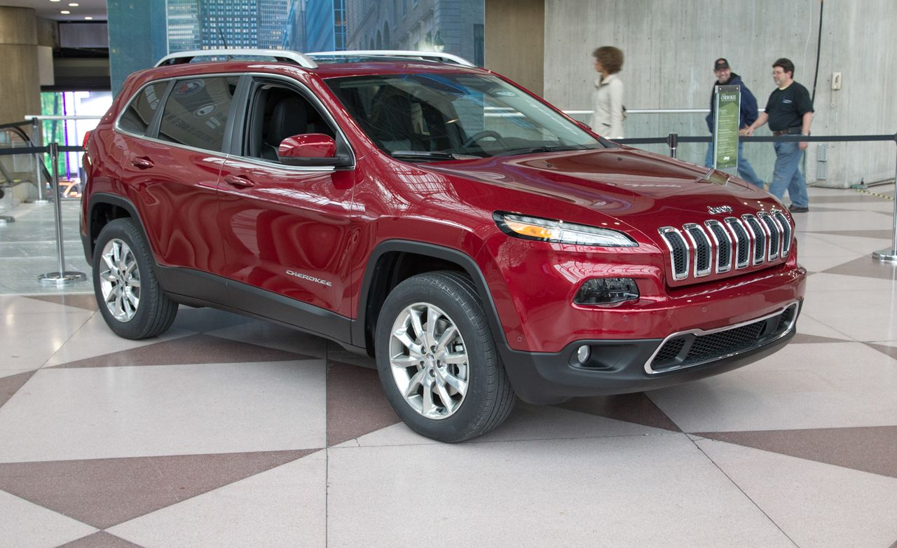 2014 Jeep Cherokee Photos And Info News Car And Driver