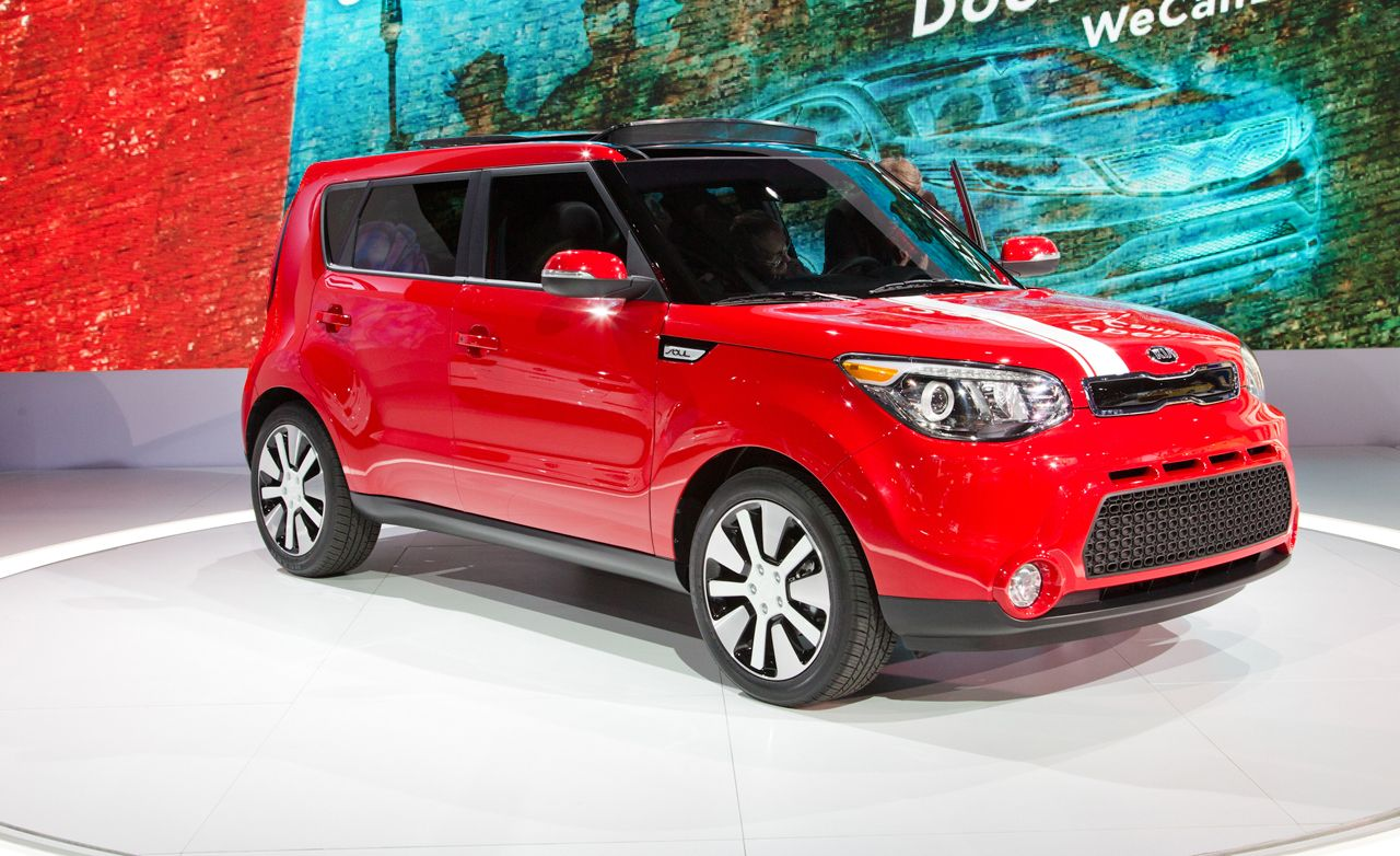 2014 kia soul photos and info news car and driver. Black Bedroom Furniture Sets. Home Design Ideas