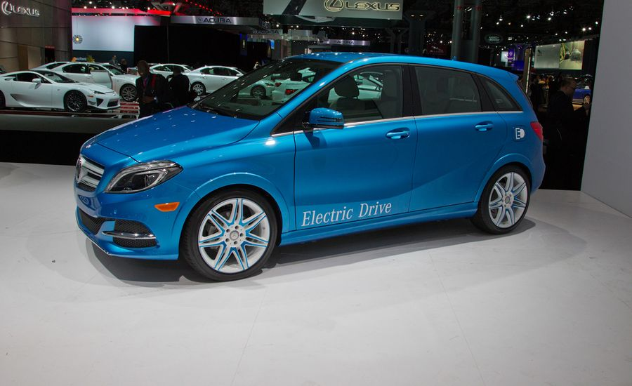 2014 mercedes benz b class electric drive photos and info for Mercedes benz b class electric