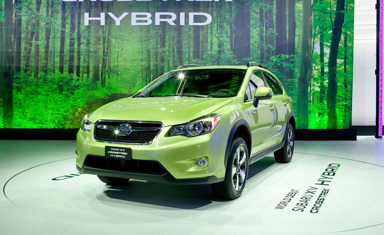 2014 subaru xv crosstrek photos and info – news – car and driver