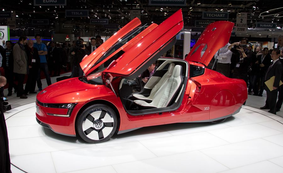2014 volkswagen xl1 photos and info news car and driver. Black Bedroom Furniture Sets. Home Design Ideas