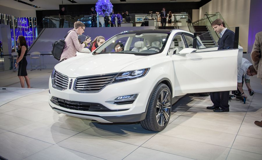 Lincoln Mkc Concept Photos And Info News Car And Driver