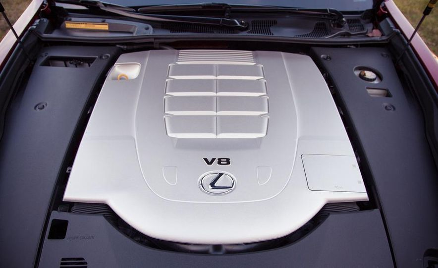 2013 Lexus LS460 F Sport - Slide 65