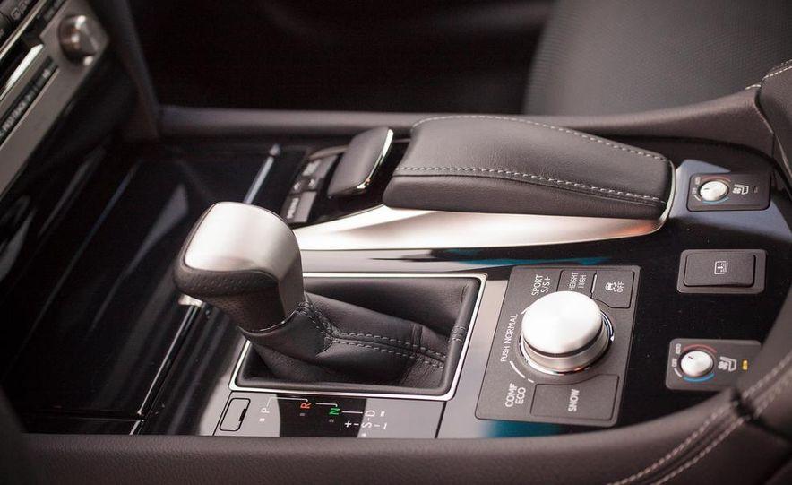 2013 Lexus LS460 F Sport - Slide 41