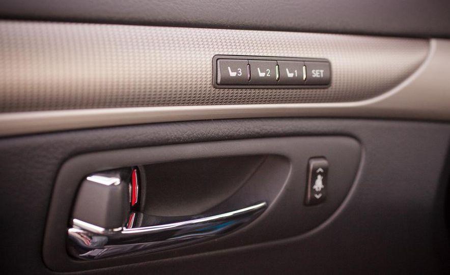 2013 Lexus LS460 F Sport - Slide 50