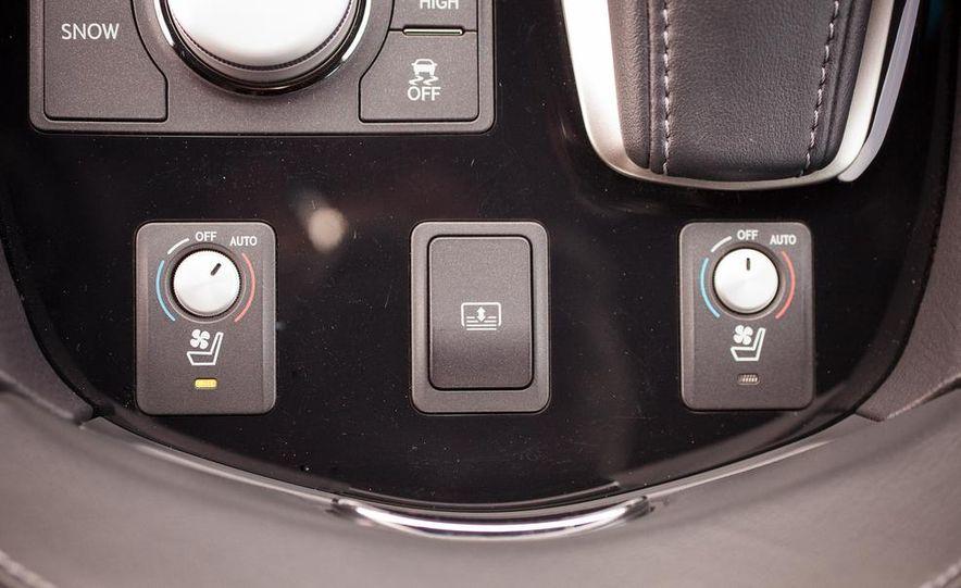 2013 Lexus LS460 F Sport - Slide 42