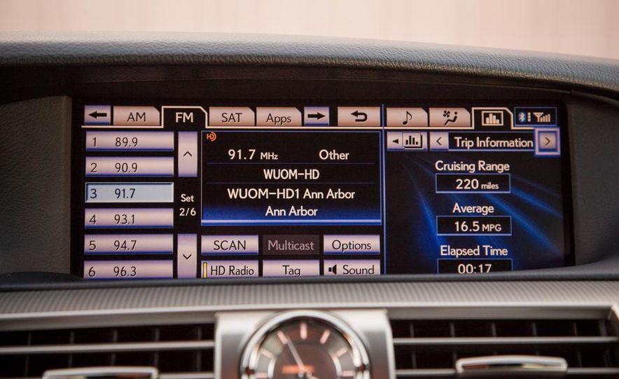 2013 Lexus LS460 F Sport - Slide 38