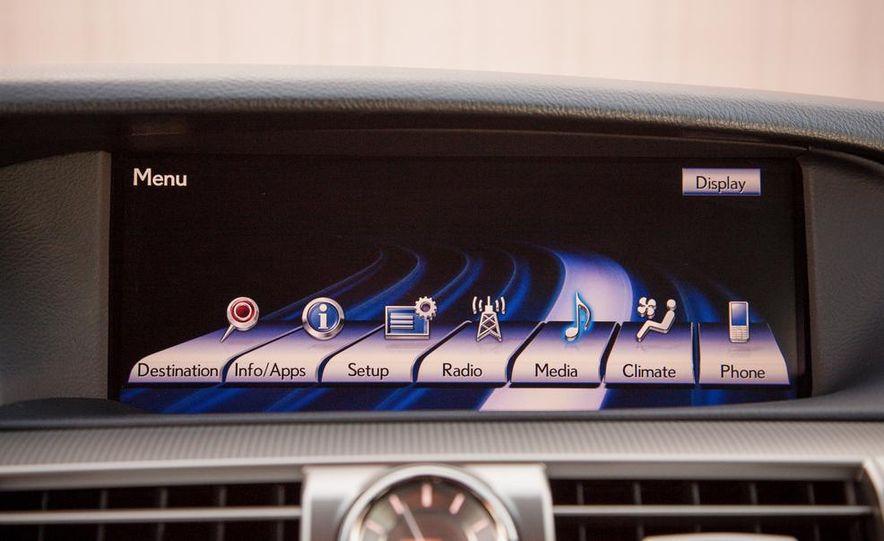 2013 Lexus LS460 F Sport - Slide 39