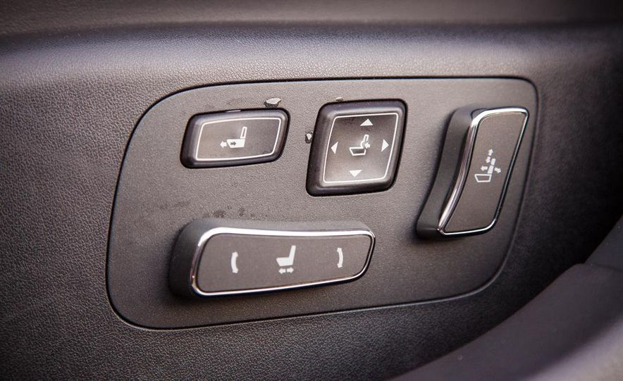 2013 Lexus LS460 F Sport - Slide 58