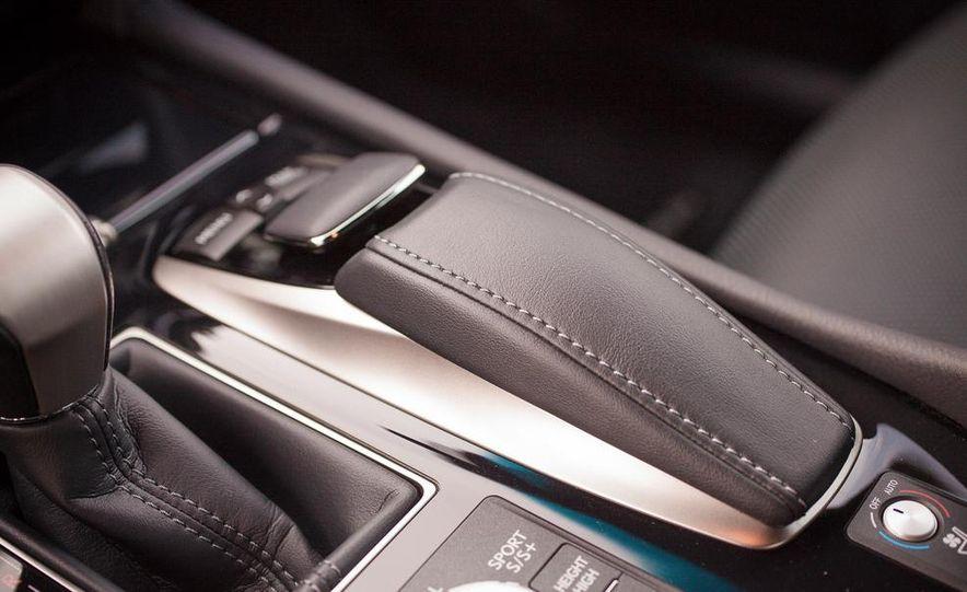 2013 Lexus LS460 F Sport - Slide 45