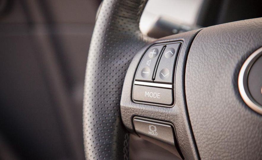 2013 Lexus LS460 F Sport - Slide 53
