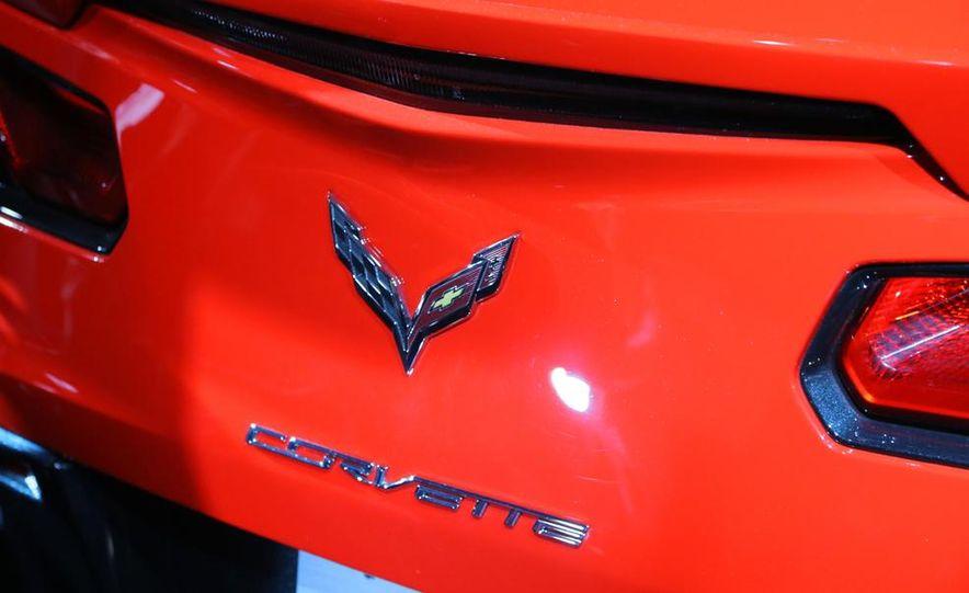 2014 Chevrolet Corvette Stingray - Slide 25