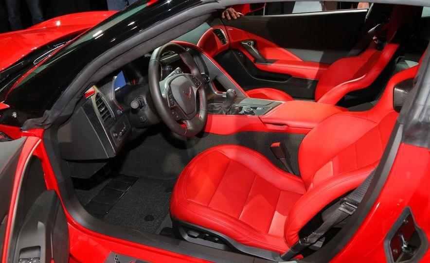 2014 Chevrolet Corvette Stingray - Slide 30