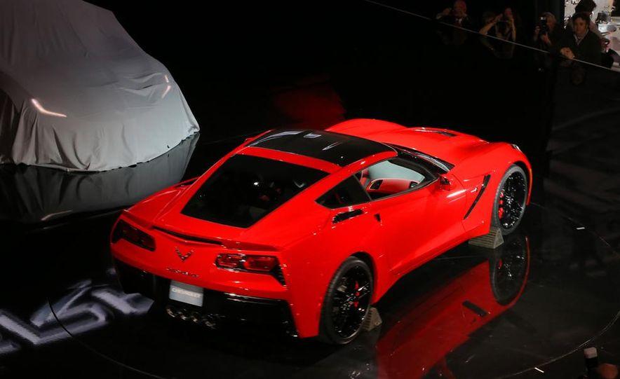 2014 Chevrolet Corvette Stingray - Slide 12