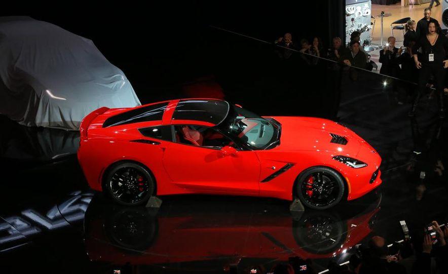 2014 Chevrolet Corvette Stingray - Slide 13