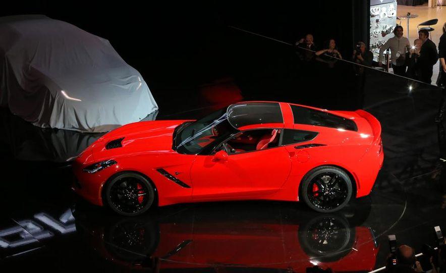 2014 Chevrolet Corvette Stingray - Slide 16