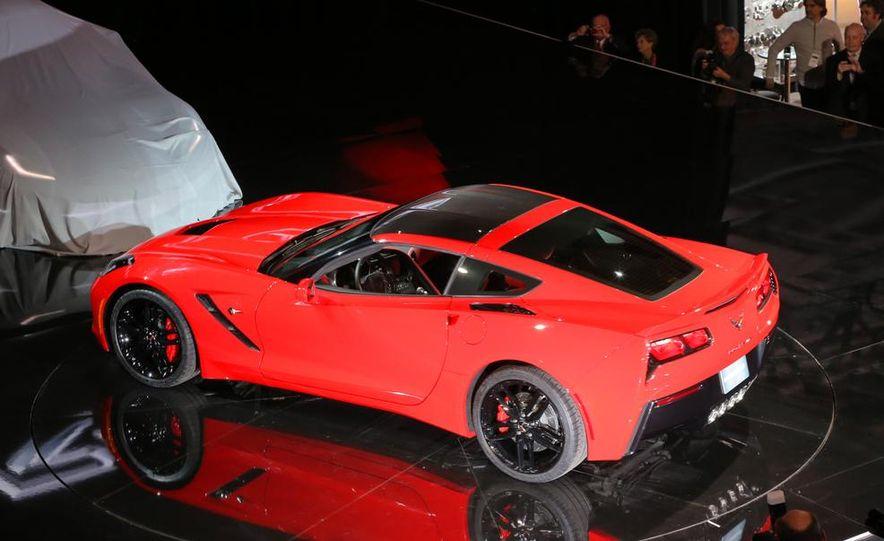 2014 Chevrolet Corvette Stingray - Slide 17