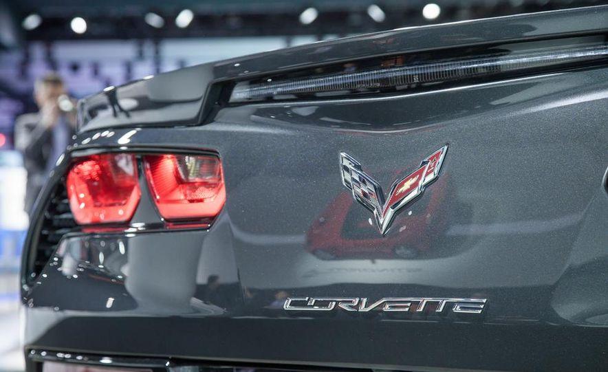 2014 Chevrolet Corvette Stingray - Slide 8