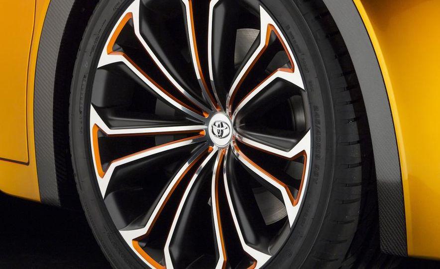 Toyota Furia concept - Slide 32