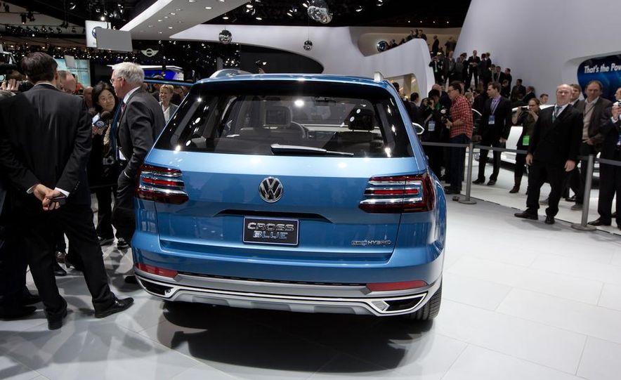 Volkswagen CrossBlue concept - Slide 6